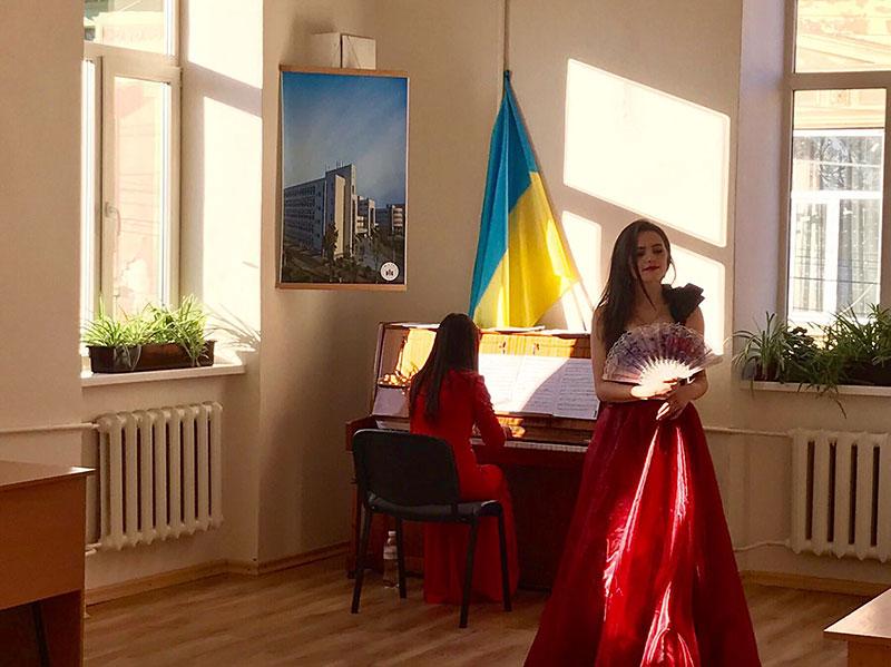 Вокальний ансамбль (керівник-магістрант Діна Пальчікова)